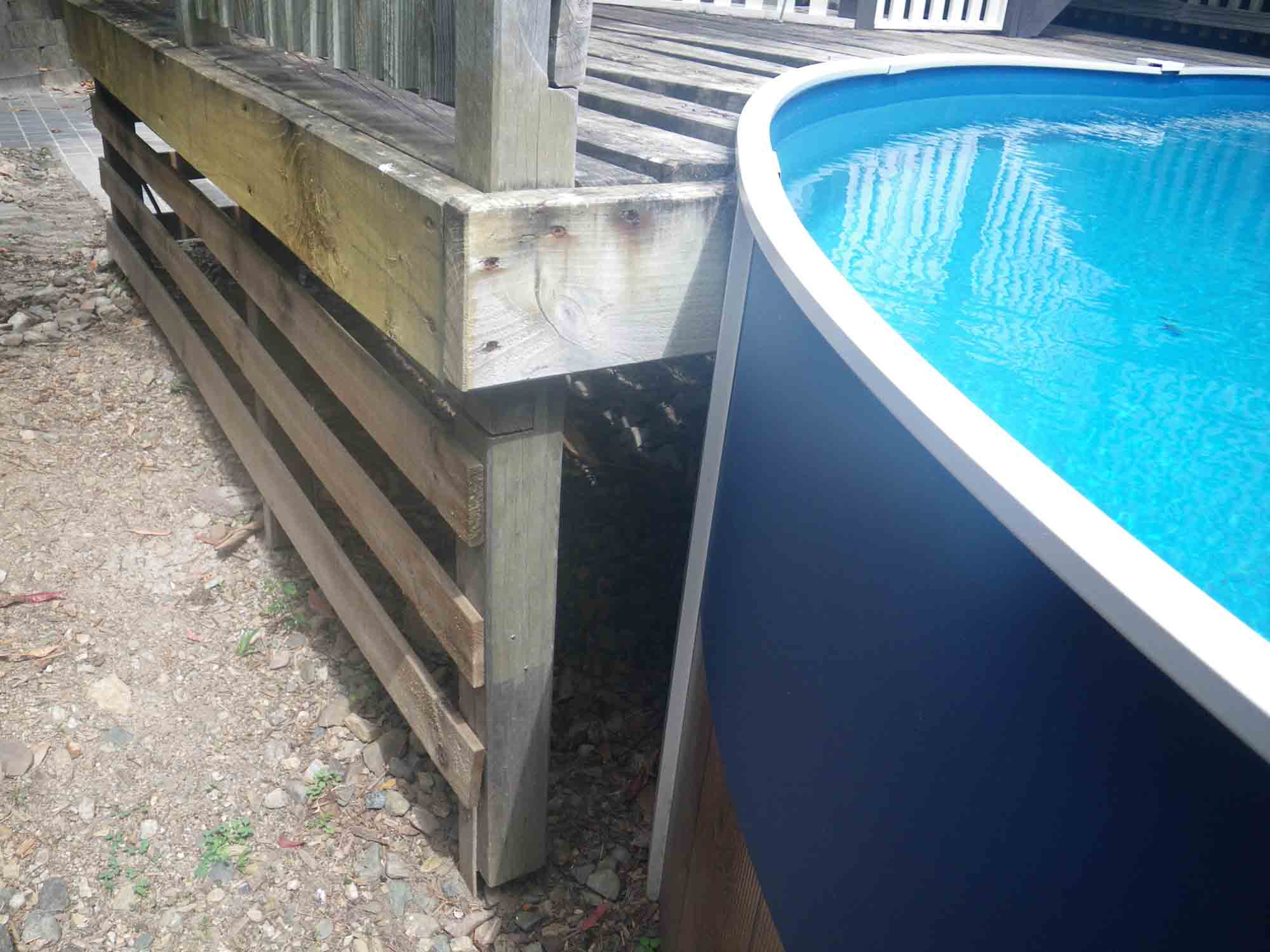 Pool fence safety inspections awebbco for Above ground pool decks brisbane